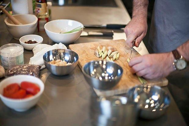 Шеф дома: Том ям и сашими из тунца Геннадия Иозефавичуса. Изображение № 21.