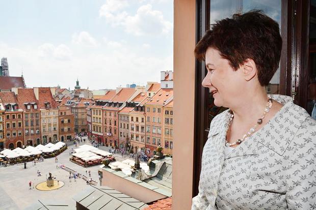 Женщина на грани: Почему Варшава разлюбила своего мэра. Изображение № 1.
