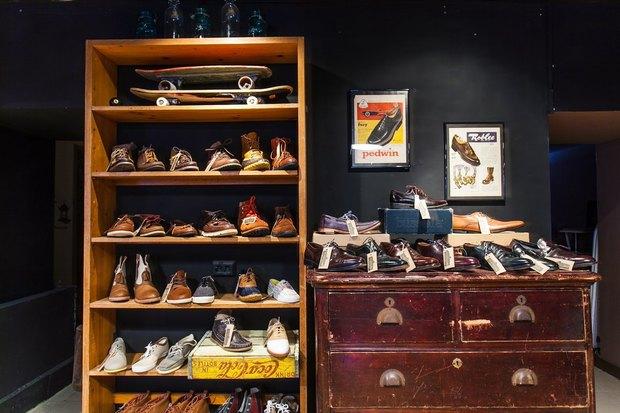 На Фурштатской открылся магазин обуви американских марок The Bootleggers. Изображение № 2.