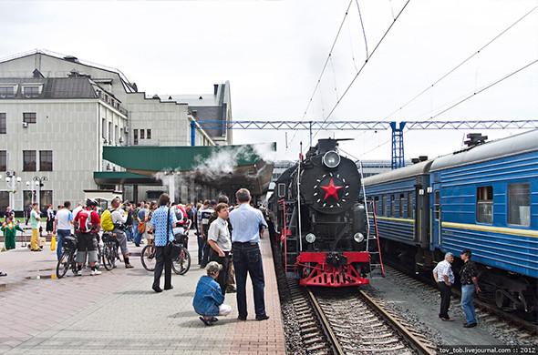 Вокруг Киева курсирует ретропоезд. Зображення № 1.