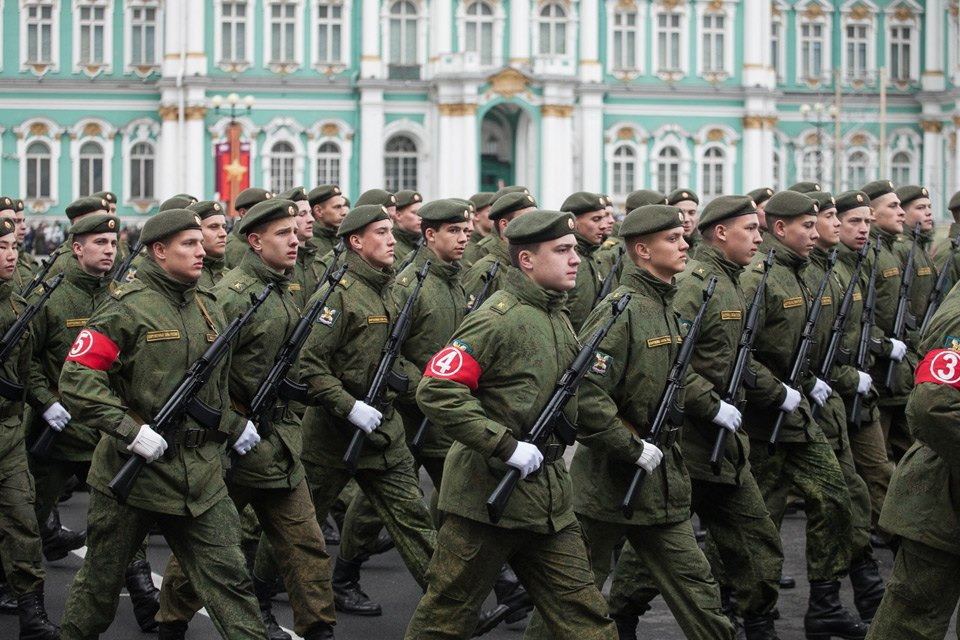 Репетиция парада Победы на Дворцовой площади. Изображение № 2.