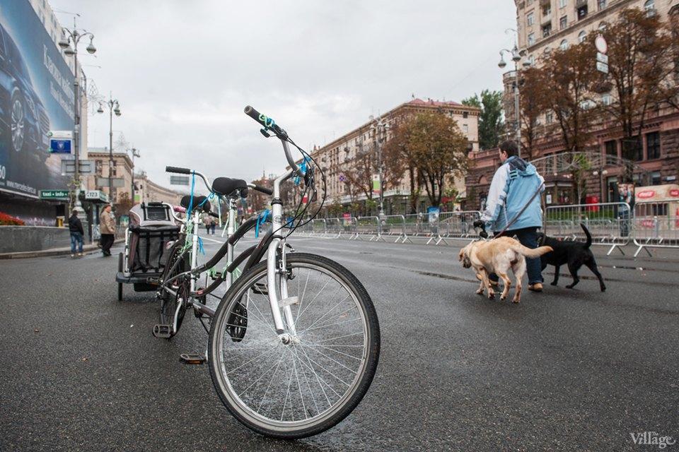 Люди в городе: участники велопарада впижамах. Изображение № 5.
