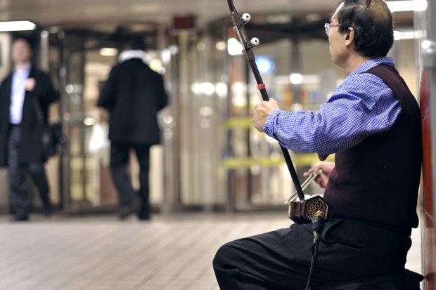 Какая музыка звучит  в метро Пекина, Нью-Йорка, Брюсселя. Изображение № 4.