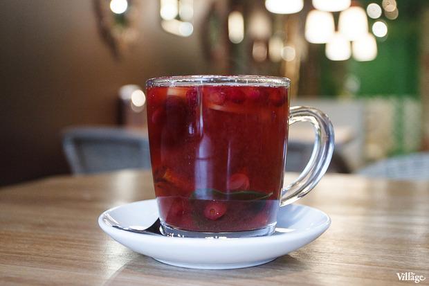 Горячий напиток клюквенный с корицей и яблоком — 250 рублей. Изображение № 23.