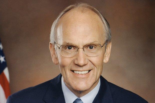 Сенатор штата Айдахо Ларри Крейг. Предлагал анонимный секс