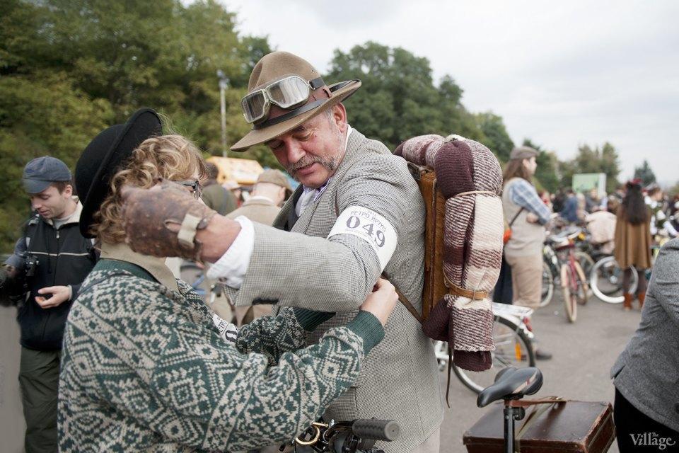 Твид выходного дня: Участники ретрокруиза — о своей одежде и велосипедах. Изображение № 6.