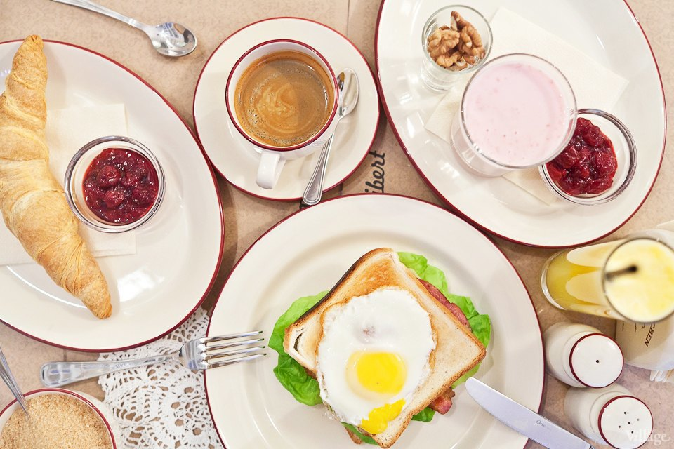 Пока ты спал: Ранние завтраки в Петербурге. Изображение № 7.