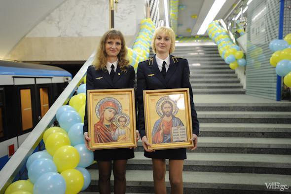 Фоторепортаж: В Киеве открылась новая станция метро. Зображення № 12.