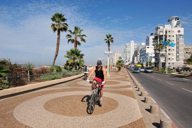 Клуб мэров: Рон Хульдаи, Тель-Авив . Изображение № 9.