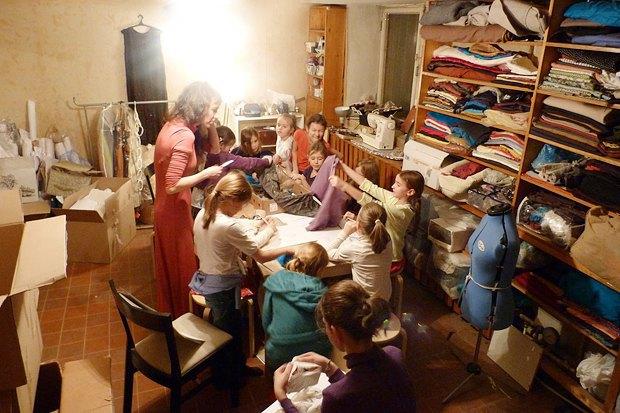 Как превратить заброшенный дом в детский центр. Изображение № 2.