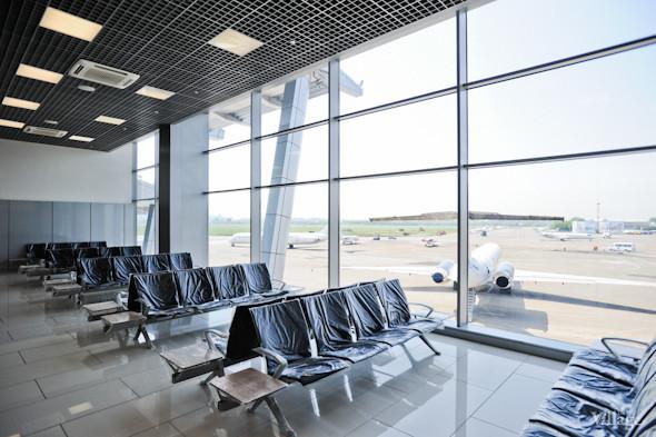 Фоторепортаж: Новый терминал аэропорта Киев — за день до открытия. Зображення № 40.