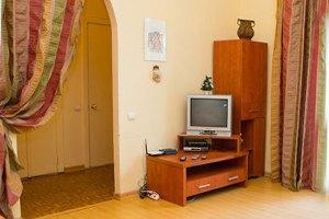 Цена запроса: Насколько дорожают гостиницы иквартиры в Новый год. Изображение № 18.