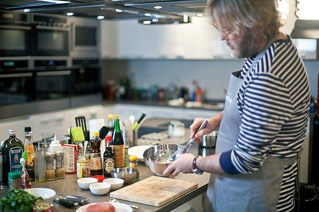 Шеф дома: Том ям и сашими из тунца Геннадия Иозефавичуса. Изображение № 74.