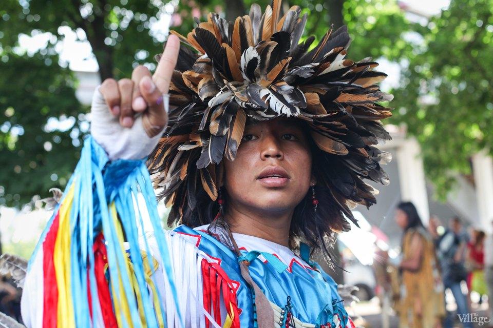 Гости столицы: Как вМоскве оказались индейские музыканты. Изображение №9.