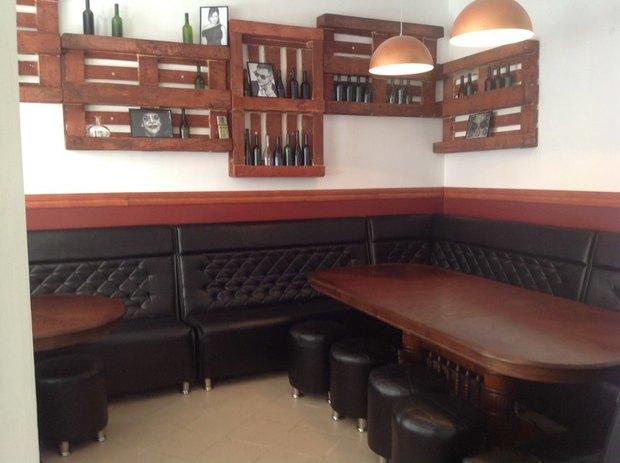 На Гороховой открылся бар «Папа любит». Изображение № 2.