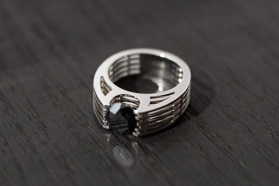 Кольцо, около 6 000 долларов . Изображение № 39.
