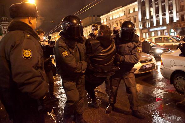 Хроника выборов: Нарушения, цифры и два стихийных митинга в Петербурге. Изображение № 18.