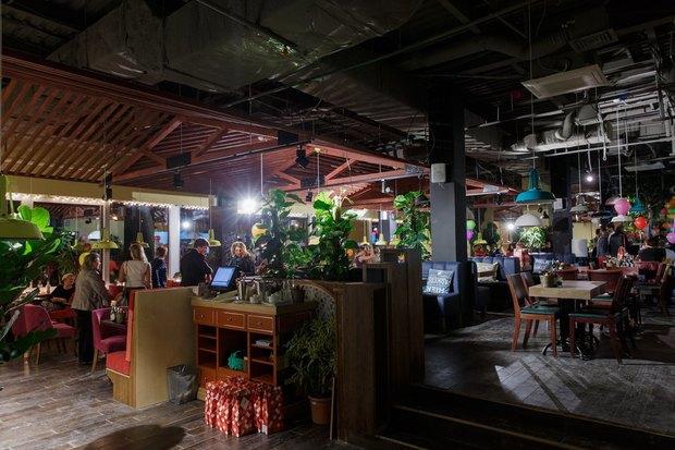 В Озерках открылся самый большой вгороде ресторан «Марчелли's». Изображение № 3.