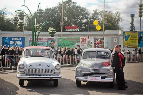 Универсальное поздравление: День города на московских улицах. Изображение № 7.