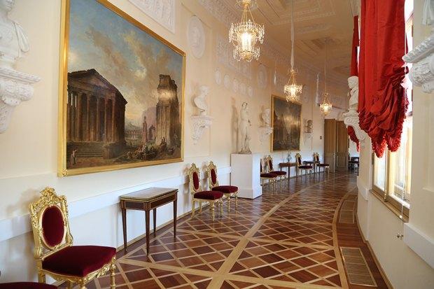 ВБольшом Гатчинском дворце после реставрации откроются четыре зала. Изображение № 1.