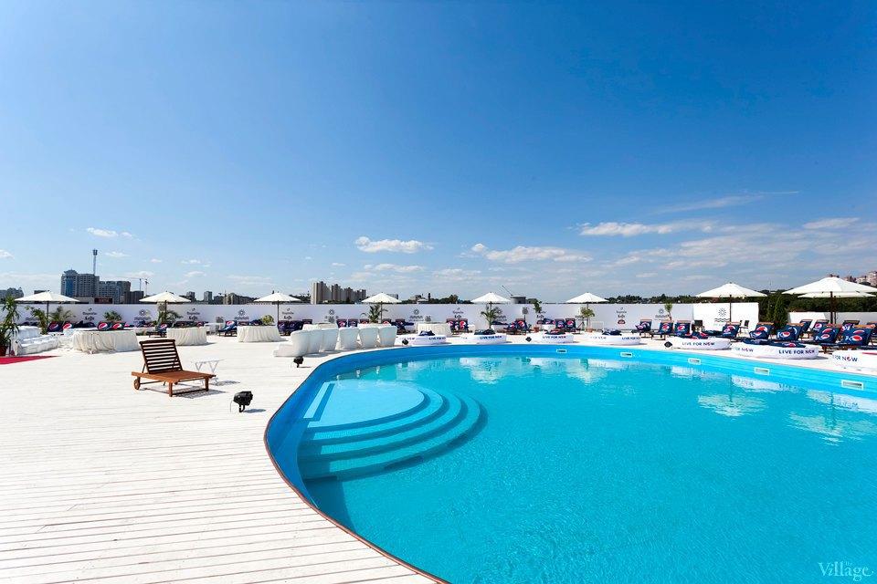 Фоторепортаж: Пляжный клуб на крыше Ocean Plaza . Изображение № 1.