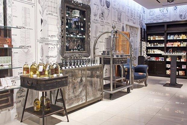 В «Галерее Москва» открылась «Аптека Cosmotheca». Изображение № 1.