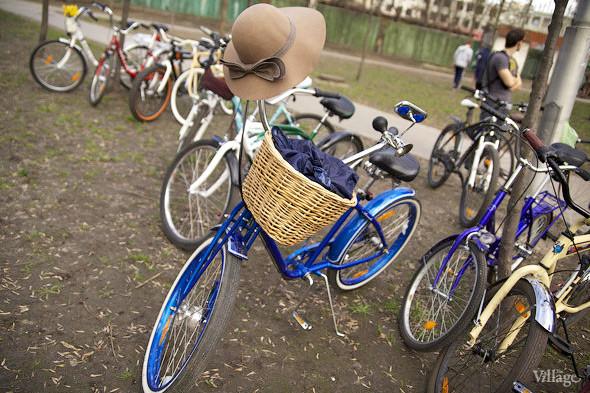 С твидом на город: Участники первого «Ретрокруиза»— о своей одежде и велосипедах. Изображение №14.