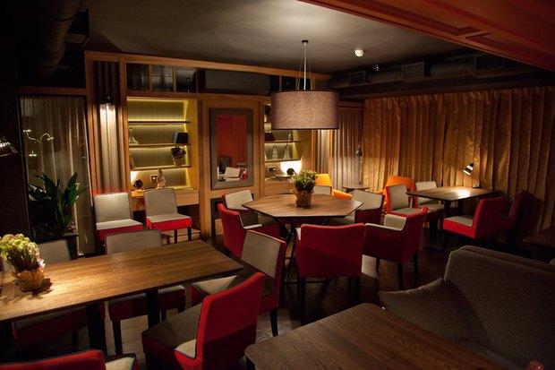 Владельцы Solnce Bar открыли ресторан «География» на Рубинштейна. Изображение № 3.