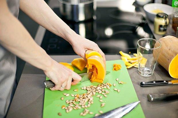 Шеф дома: Ростбиф-салат и тыквенная каша Мириам Сехон. Изображение № 75.