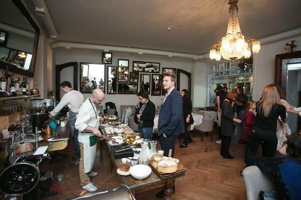 Дмитрий Борисов открывает ресторан «Рубинштейн» наулице Рубинштейна. Изображение № 5.