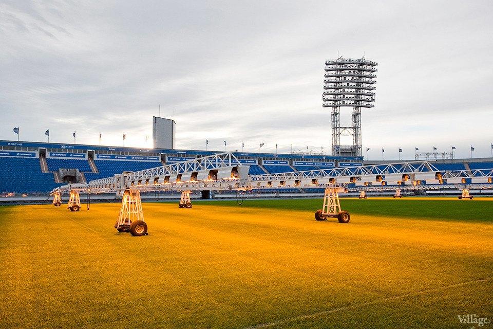 По газону не ходить: Работа агронома нафутбольном стадионе . Изображение № 3.