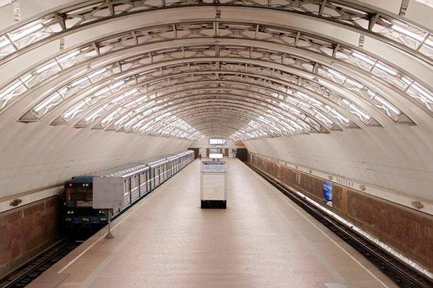 Итоги недели: Налог на собак, ночные экскурсии в метро и запуск Александринки-2. Изображение № 3.