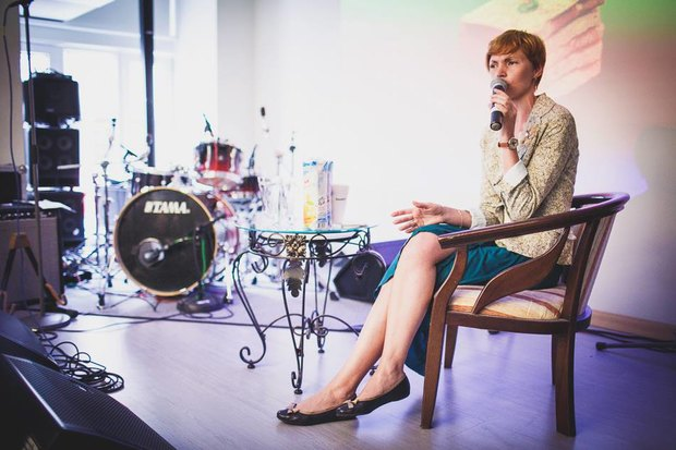 На завтрак: Елена Давьялова, Виктория Данелян, Юлия Савостина. Изображение № 2.