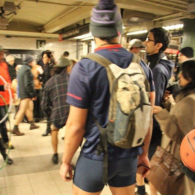 Флешмоб «В метро без штанов» в снимках Instagram. Изображение № 11.