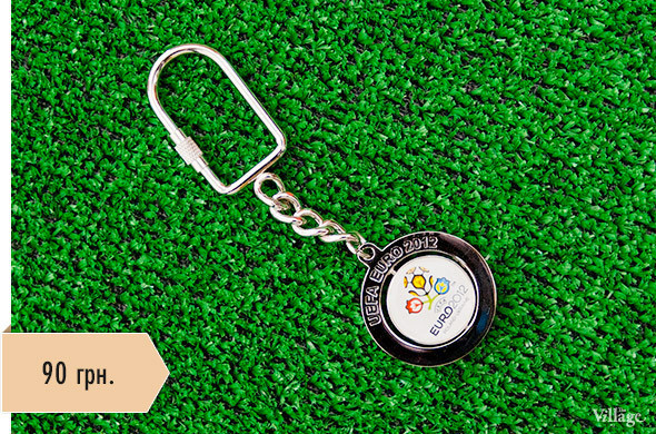 Вещи недели: официальные сувениры Евро-2012. Зображення № 4.