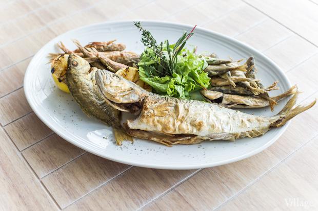 Ассорти из черноморской рыбы, 155 грн.. Изображение № 40.