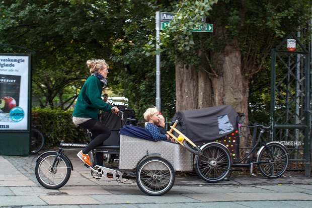 Автор Cycle Chic— одевушках, детях иполитиках навелосипедах. Изображение №10.