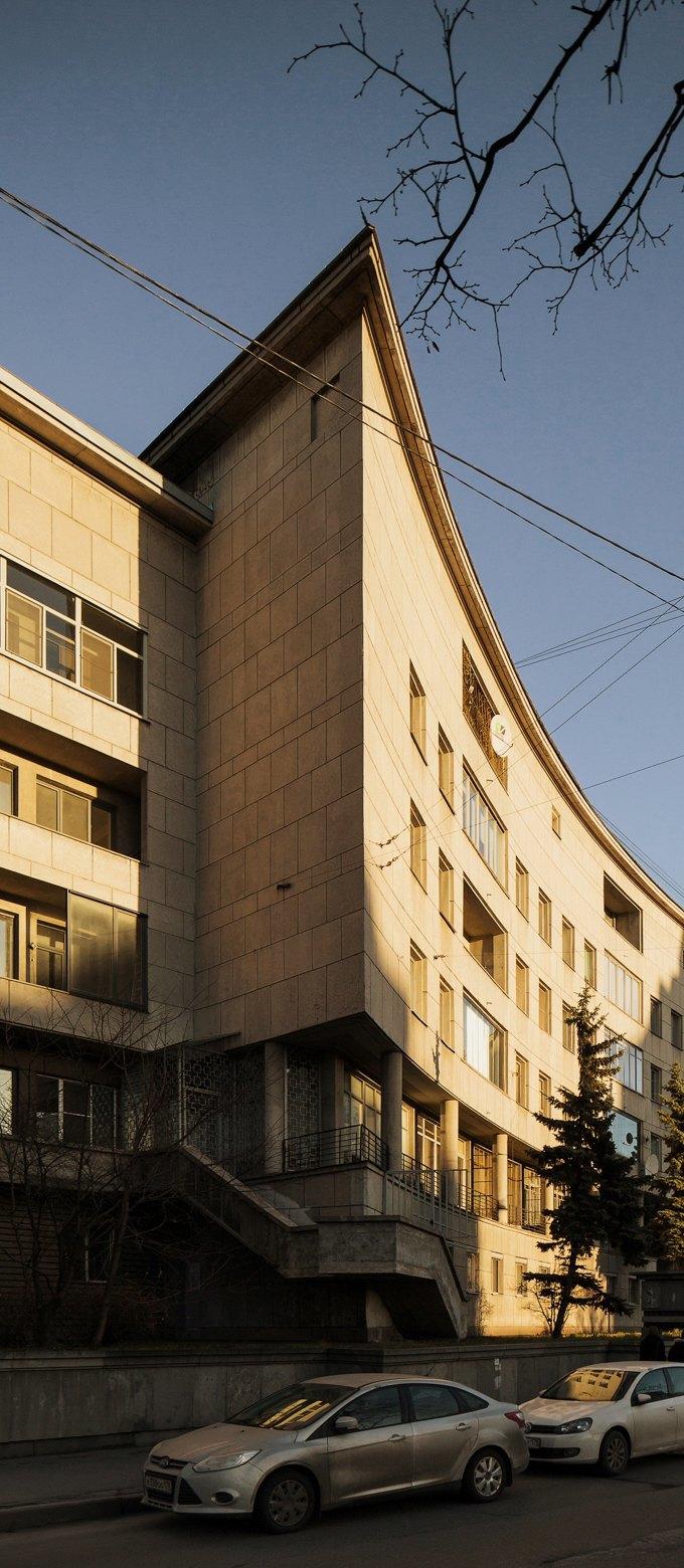 Яживу вдоме Ленсовета наКарповке (Петербург). Изображение № 2.