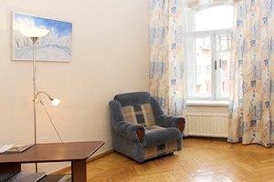 Цена запроса: Насколько дорожают гостиницы иквартиры в Новый год. Изображение № 23.