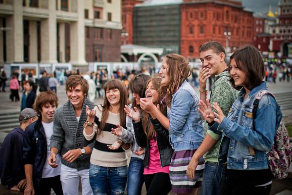 Универсальное поздравление: День города на московских улицах. Изображение № 31.