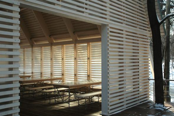 Деревянная архитектура: Летний «Пионер», офис ВТБ и шахматный клуб в Нескучном саду. Изображение № 26.