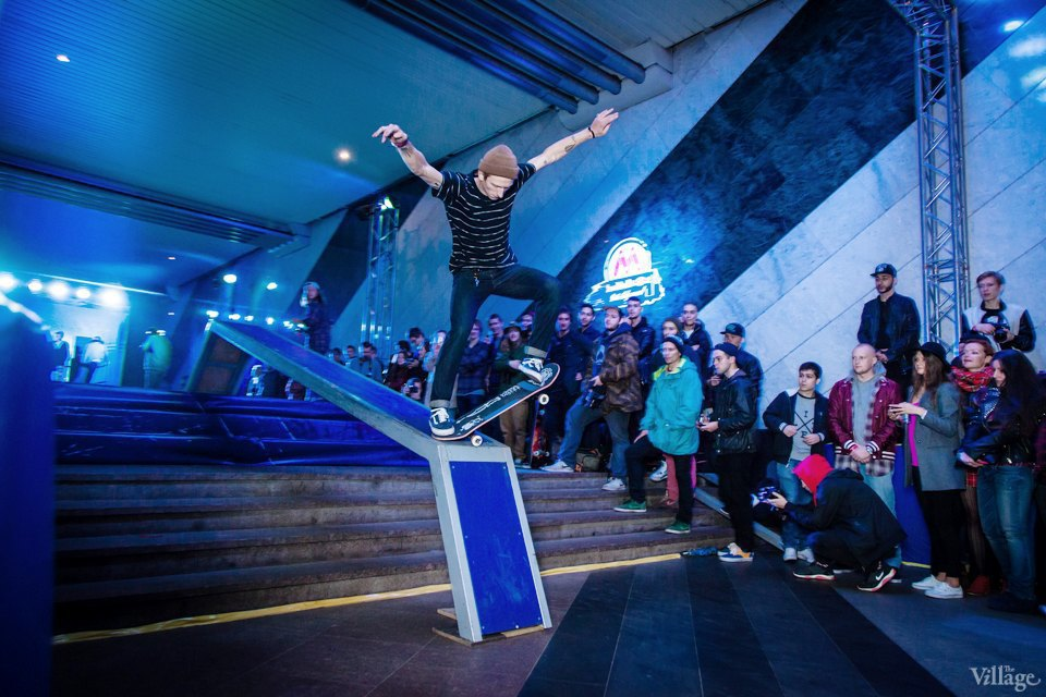 Фото ночи: Скейтерский чемпионат в метро. Изображение № 12.