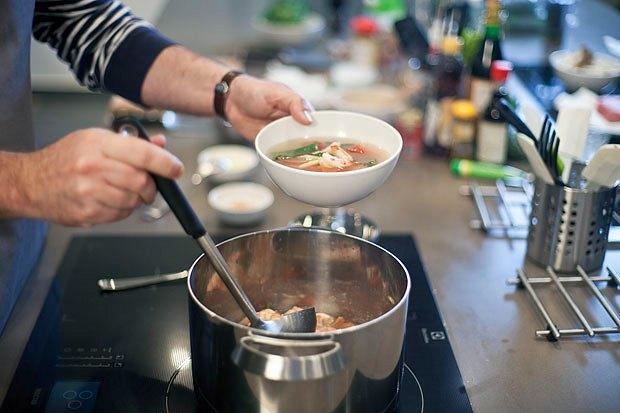 Шеф дома: Том ям и сашими из тунца Геннадия Иозефавичуса. Изображение № 60.
