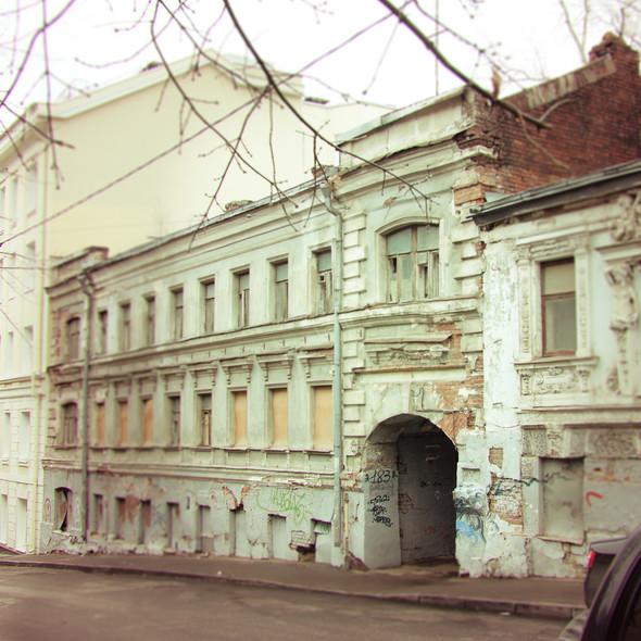 В зоне риска: Дом с кариатидами в Печатниковом переулке. Изображение № 2.