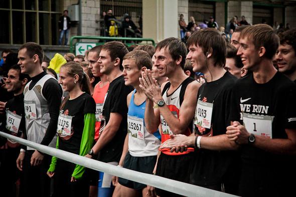 Бег с ними: В Москве прошел марафон Run Moscow. Изображение № 1.