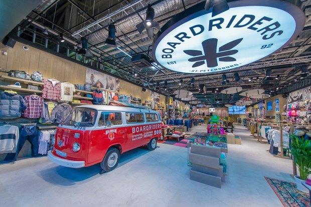 В Петербурге открылся магазин товаров для экстремального спорта Boardriders. Изображение № 2.