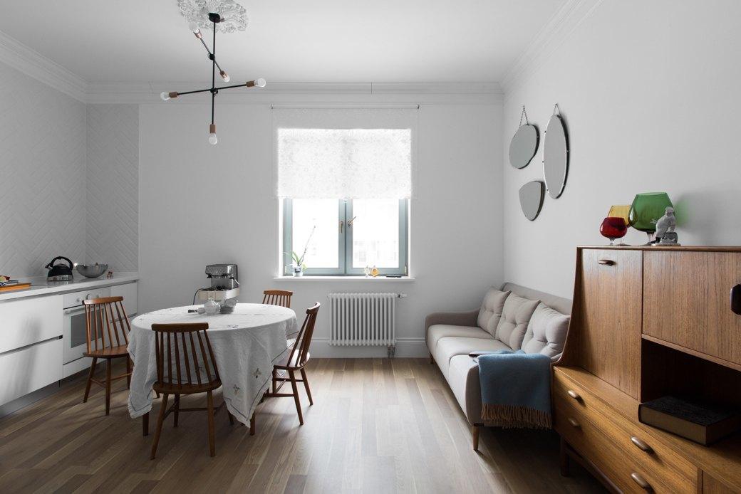 Лаконичная квартира вшведском стиле вновом доме наПетроградской стороне (Петербург). Изображение № 2.