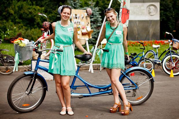 Люди в городе: Участницы парада «Леди на велосипеде». Изображение №38.