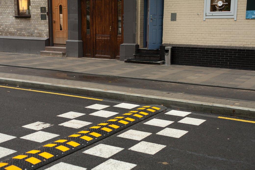 Берегись пешехода:  Большая Ордынка, Мясницкая иПатриаршие пруды после реконструкции. Изображение № 23.