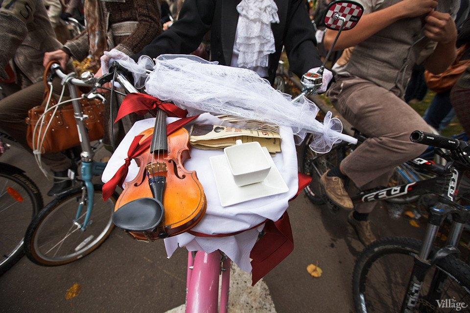 С твидом на город: Участники велопробега Tweed Ride о ретро-вещах. Изображение № 17.